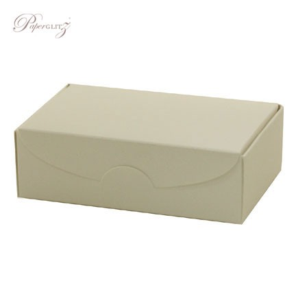 Cake Box - Crystal Perle Metallic Arctic White