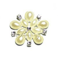 Diamante & Pearl Cluster - Flower Ivory - Large - 10 Pack